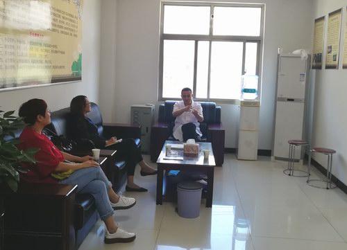 涿州报社记者采访中医五绝指针疗法